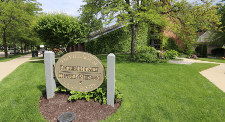Lake Bluff Library image